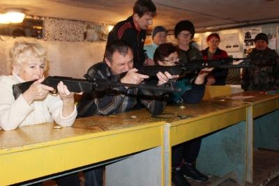 В Лихославле прошли соревнования по стрельбе среди людей с ограниченными возможностями здоровь