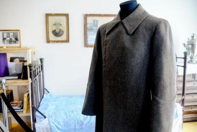 Шинель Сталина показали в его ставке подо Ржевом