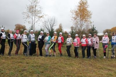 В Лихославле прошли соревнования среди любителей скандинавской ходьбы