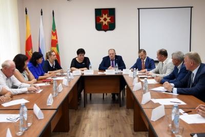 Депутаты регионального Заксобрания провели «парламентский день» в Лихославле