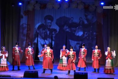 Московский казачий хор поздравил женщин Лихославльского района с 8 марта