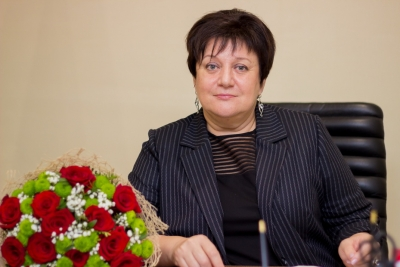 Поздравление главы Лихославльского района Натальи Виноградовой выпускников с окончанием школы
