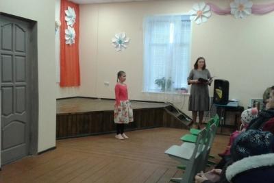 В селе Толмачи прошел праздничный концерт, посвященный Дню матери