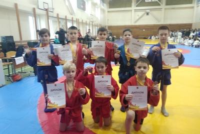 Спортсмены Калашниковского отделения единоборств спортивной школы завоевали 10 наград на фестивале единоборств