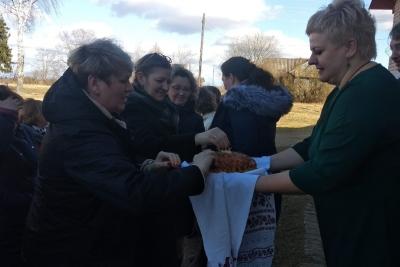 Микшинскую школу посетили гости из Олонецкого района