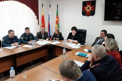 В администрации Лихославльского района прошло заседание комиссии по предупреждению и ликвидации чрезвычайных ситуаций и обеспечению пожарной безопасности