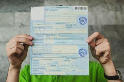 Новый порядок оплаты больничных листов по уходу за ребенком и отмена единовременного пособия при постановке на учет в ранние сроки беременности