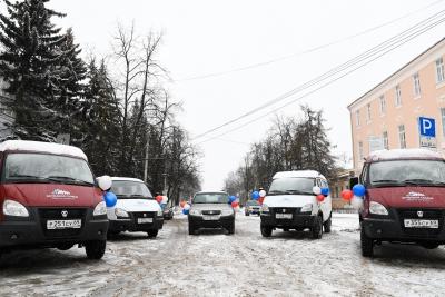 56 многодетных семей Тверской области стали обладателями региональных сертификатов на покупку автомобиля