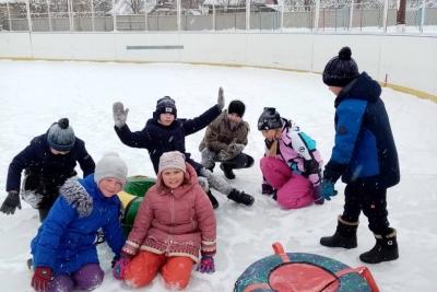 Радовались снегу и дети, и взрослые