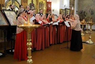 В Христорождественском монастыре Твери в честь Всемирного Дня православной молодежи прошел концерт духовной музыки