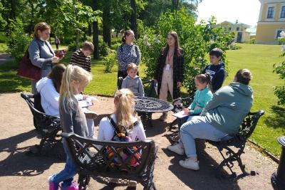 Тверская область реализует культурно-образовательный проект для школьников «Лето во Дворце»