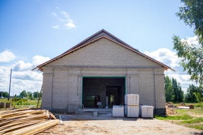 Большой ремонт для малой Родины: В Весках продолжается масштабный капитальный ремонт Дома культуры