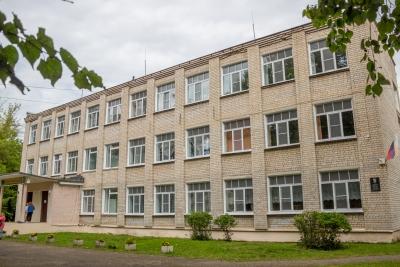 Ремонты, проекты, безопасность: В Лихославле подвели итоги подготовки образовательных организаций к новому учебному году